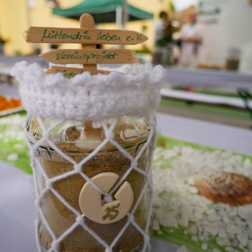 Nadelholt - Einwegglas mit Makramee dekoriert